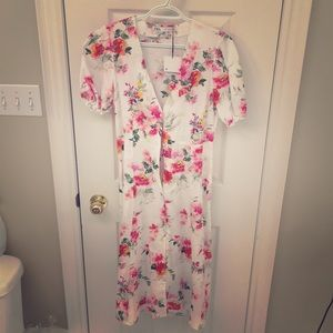 Zara midi dress with tag. Never worn